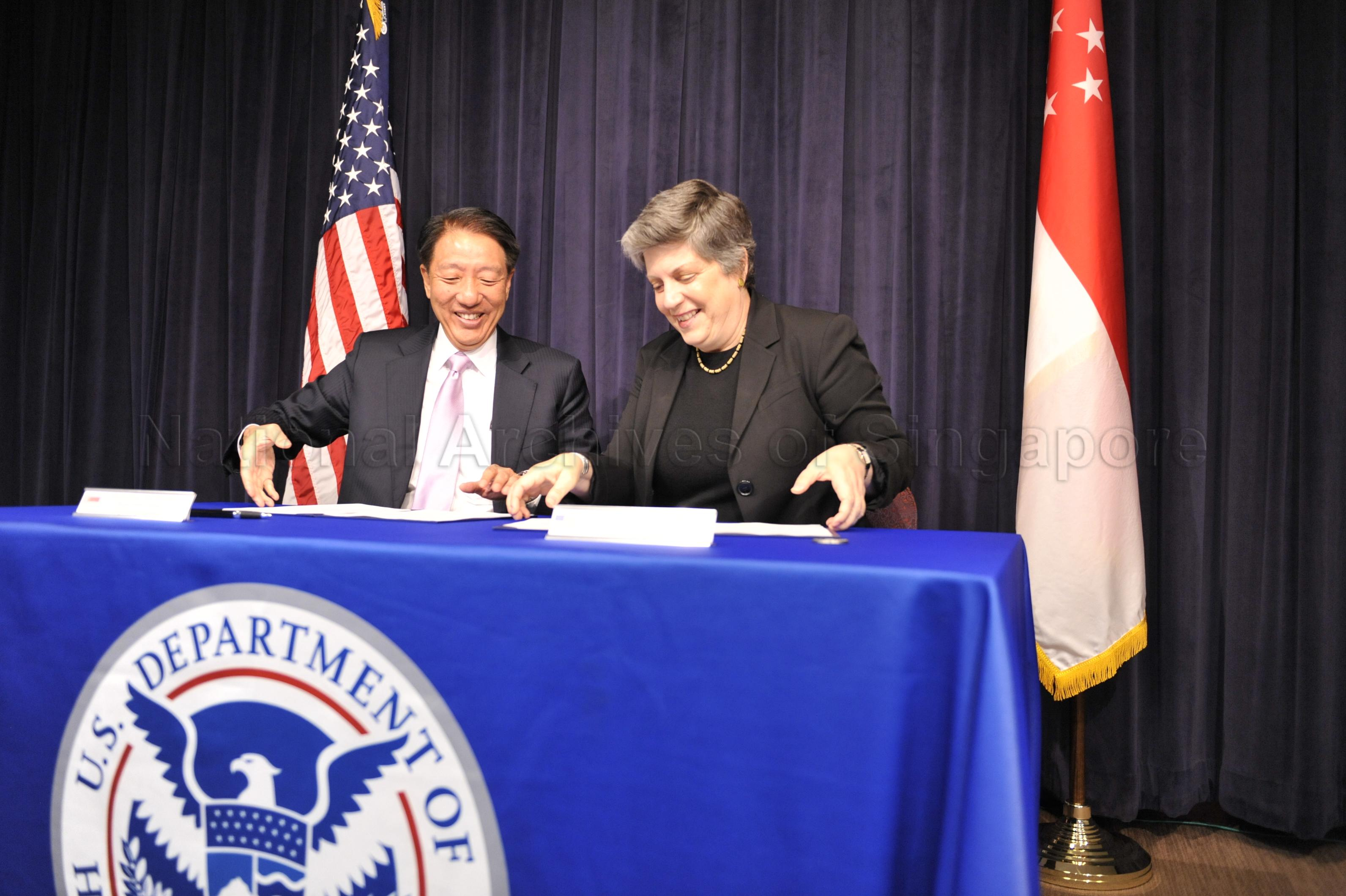 SINGAPORE SIGNS JOINT STATEMENT ON SUPPLY CHAIN SECURITY …